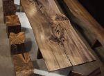 Surowy drewniany design