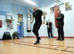 Przemysław Saleta przygotowuje się do walki bokserskiej