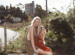 moda hippie - Abbie Weir i Taylah Roberts, zdjęcie 10