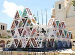Domek z kart - Jerozolima, instalacje, zdjęcie 1