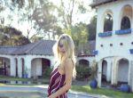 Trendy: Zmysłowa Elle Brittain w ubraniach Flynn Skye, zdjęcie 16