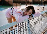 Zmysłowe modelki: Katie w sportowej stylizacji, zdjęcie 8