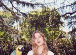 Trendy: Zmysłowa Laura Julie dla BB Dakota, zdjęcie 8
