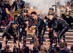 Bruno Mars w Versace podczas Super Bowl 50