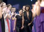 Redaktorki kolorowych czasopism, naczelne uwielbiają być zapraszane na fashion show