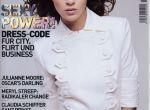 W wieku szesnastu lat została zauważona przez Karla Lagerfelda, który zarządza od kilkunastu lat domem mody Chanel