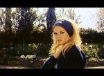 Brigitte Bardot w chuście
