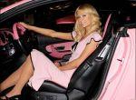 Różowe miejsca parkingowe tylko dla kobiet