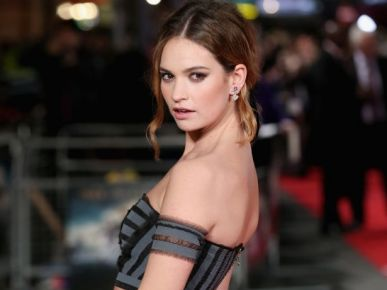 Lily James nową twarzą Burberry