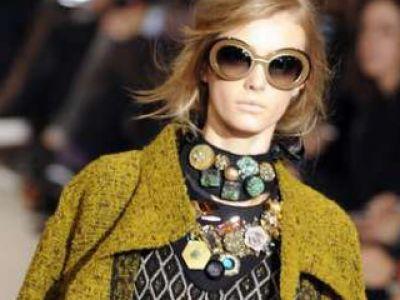 Śliniaczkowa biżuteria - trendy jesień 2009 / zima 2010