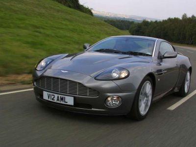 Aston Martin w Warszawie!