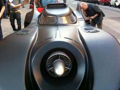 Batmobil tylko dla dużych chłopców (wideo)