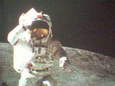 Lądowanie na księżycu- manipulacja!