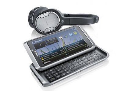 Nokia E7 Communicator. Osiągaj więcej.