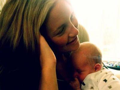 Kate Hudson szczęśliwą mamą! (pierwsze zdjęcie!)