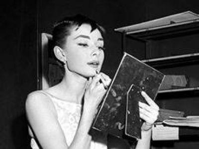 Szczęśliwa suknia Audrey Hepburn