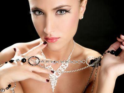 Wyjątkowa srebrna biżuteria z kamieniami z wrzosów – szkockabizuteria.pl