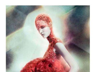 McQueen, surrealistycznie i z polskim akcentem