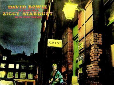 David Bowie wyda tą samą płytę