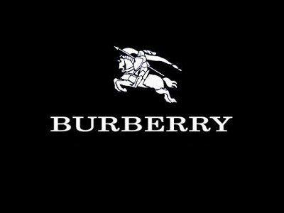 Burberry w czołówce