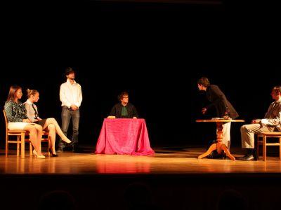 Interaktywnie i teatralnie