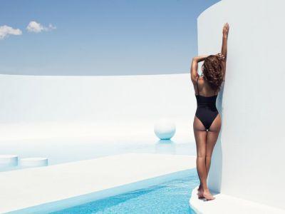 Zmysłowe agentki w bikini