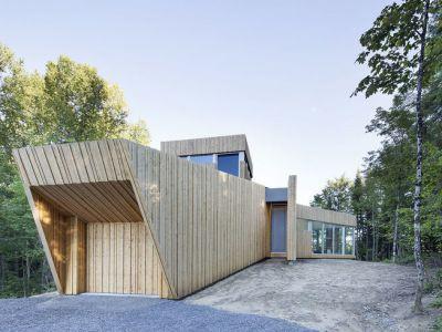 Minimalistyczny dom na wzgórzu