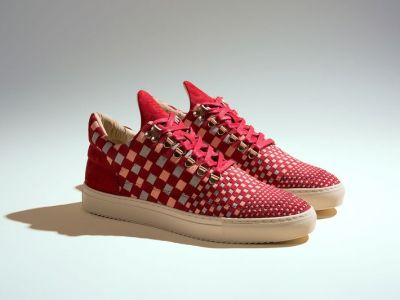 Trendy buty: trójkolorowe sneakersy