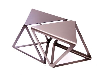 Funkcjonalny design trójkątnych mebli