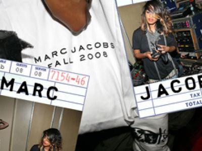 Idealny Marc Jacobs.