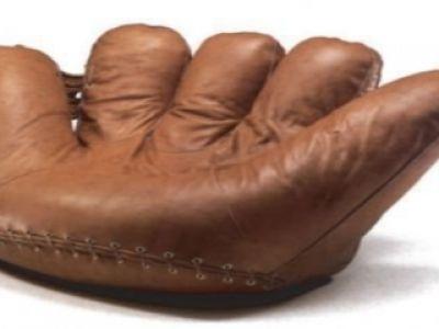 Joa Sofa- prawie jak rękawica baseballowa