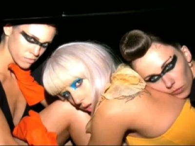 Lady GaGa ikoną stylu (video)