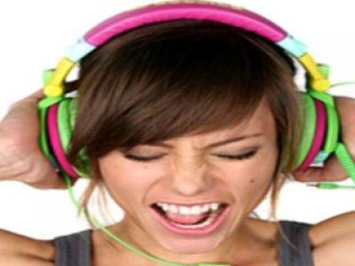 Z miłości do muzyki- słuchawki Boosted