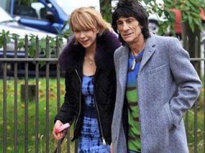 Piąty Stones – The Rolling Stones- romansuje ze swoją córką!