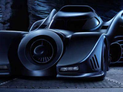 Zdalnie sterowany Batmobil- dla młodszych fanów Mrocznego Rycerza