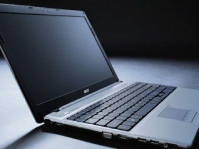 Nowy notebook Acer -  8 godzin pracy bez ładowania