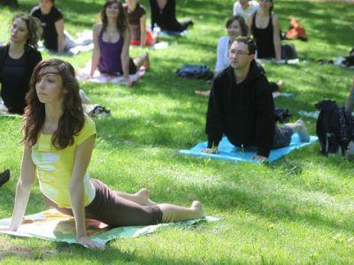 Joga w Parku – otwarte spotkania z jogą na świeżym powietrzu