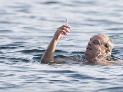 Jack Nicholson nałogowym palaczem