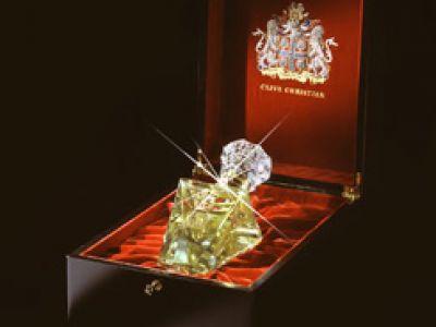 Imperial Majesty - najdroższy zapach świata z brylantem