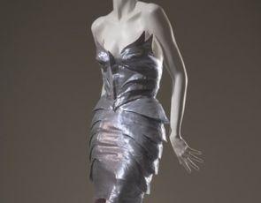 """""""The Great Designers"""" – monumentalna wystawa podsumowująca modę XX i XXI wieku"""