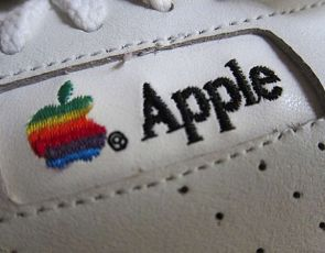 Apple Vintage Sneakers