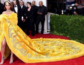 Rihanna podczas Met Gala
