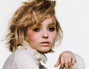 Modne gwiazdy: Lily-Rose Depp na okładce Vogue