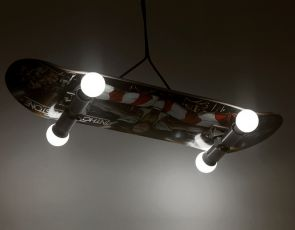 Lampa deskorolka