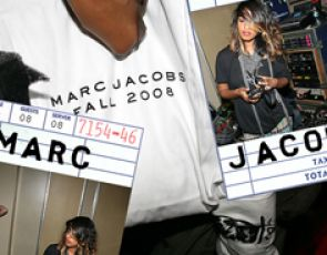 Idealny Marc Jacobs.