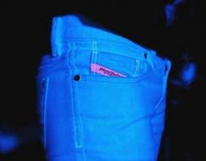 Świecące jeansy Diesel